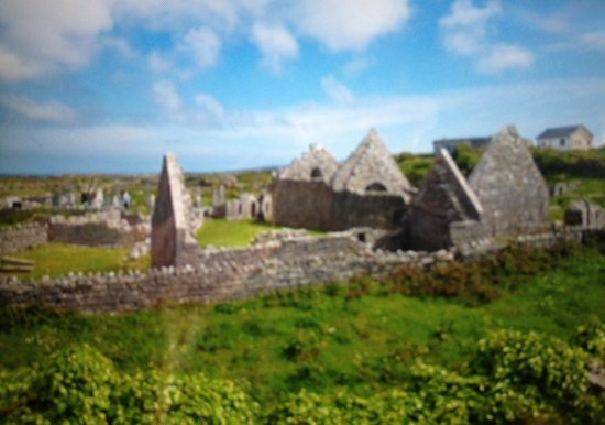 Aran Island Ferries: The Seven Churches