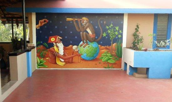 Kaiya House: Spectacular mural by Interesni Kaski