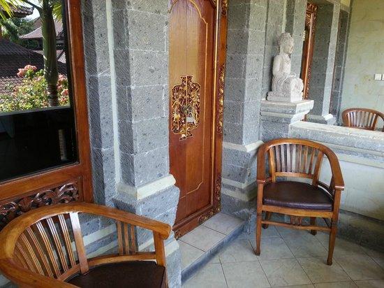 Sahadewa Resort & Spa: Entrada do quarto
