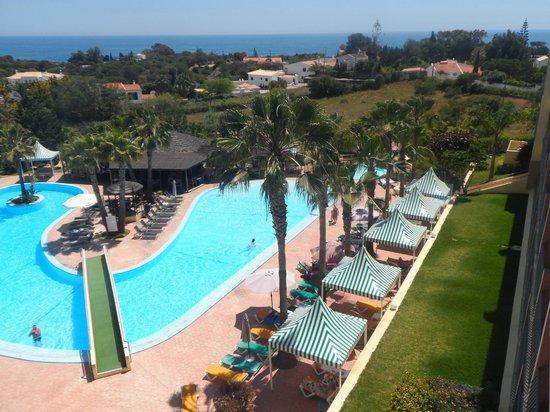 Baia Grande: The Pool