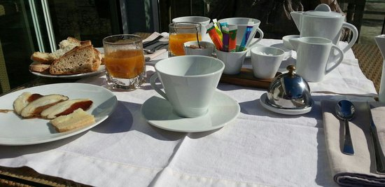 Hotel Alivi di Santa Giulia : petit déjeuner
