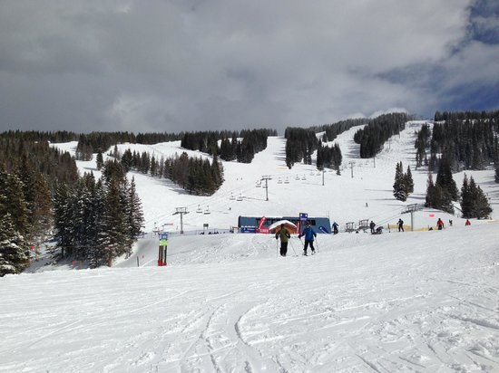 Vail Mountain Resort: halfway up