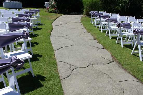 Northview Golf and Country Club: The Enchanted Garden at Northview - lovely ceremonies