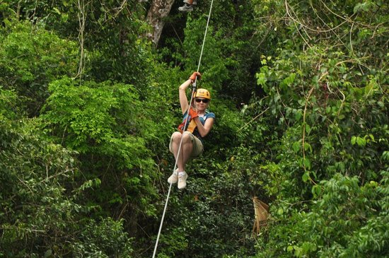 Selvatica: Zip-lining- fun