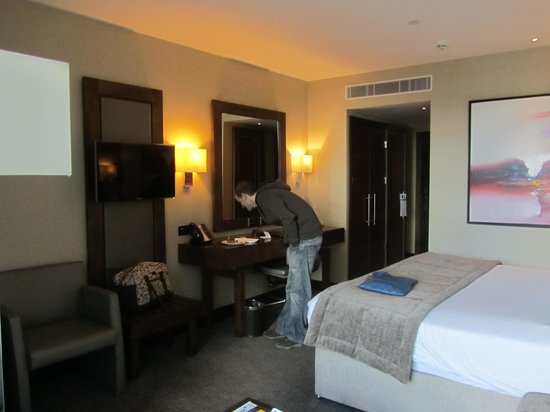 Grange Tower Bridge Hotel: The room