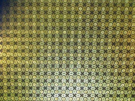 Alcázar: il soffitto dorato in una delle stanze