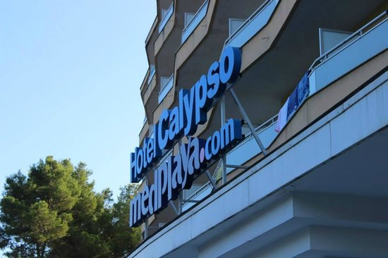 MedPlaya Hotel Calypso: outside of the hotel