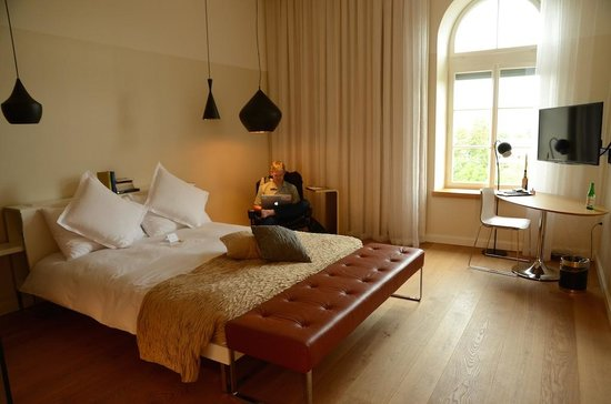 B2 Boutique Hotel + Spa: Room on floor 3A