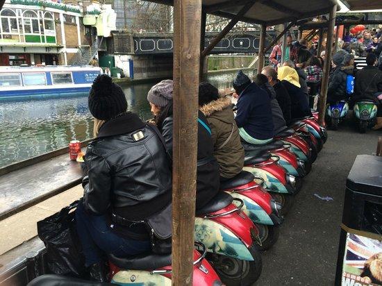 Camden Market: Los asientos de las vespas (zona este de Camdem)