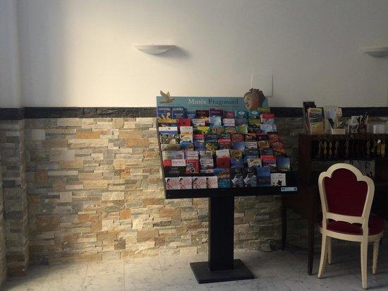 Armenonville Hotel: Reception