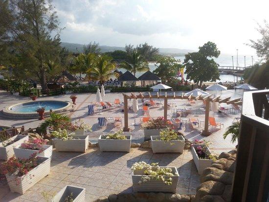 Jewel Paradise Cove Resort & Spa Runaway Bay, Curio Collection by Hilton : Bird's Eye View