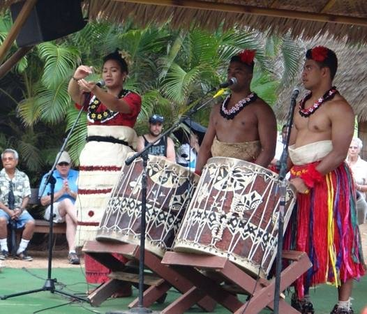 Polynesian Cultural Center: drummers