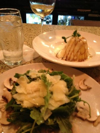 Cassariano Italian Eatery: Polenta Valdostana & Insalata Rucola