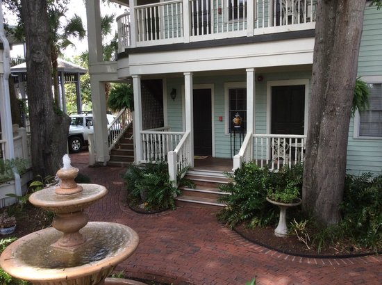 The Addison on Amelia Island: front porches and sitting areas