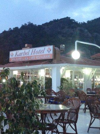 Karbel Hotel: Outside