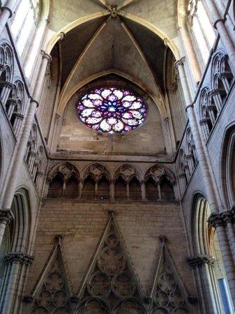Cathedral Saint Jean Baptiste: Rosone