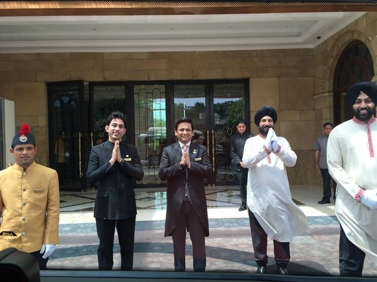 The Leela Palace New Delhi: Friendly staff bidding us farewell