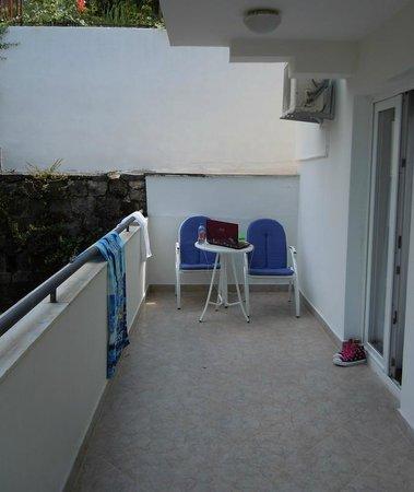 Hotel Xanadu: Our balcony