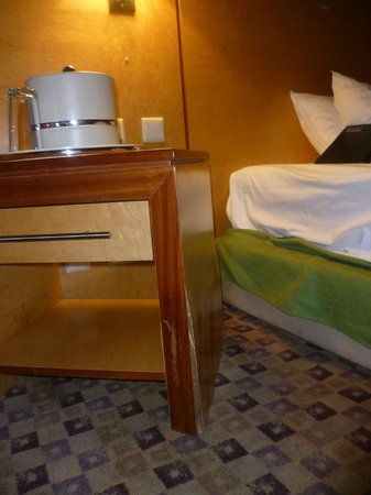 Eko Hotels & Suites: Room not cleaned
