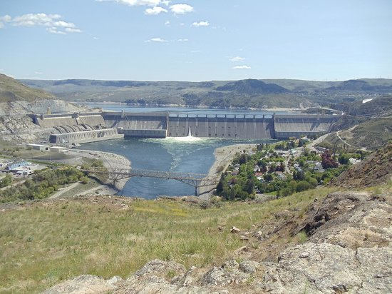 Grand Coulee Dam : grand coulee from crown point
