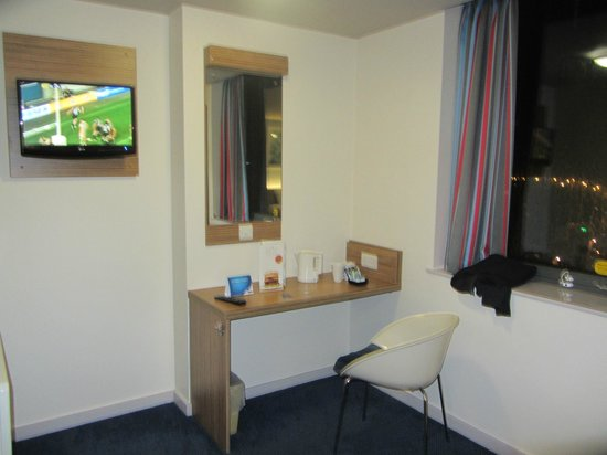 Travelodge Altrincham Central: Family room
