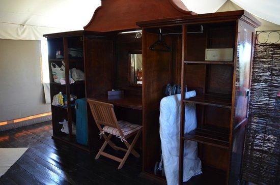 Springbok Lodge: Storage area in tent