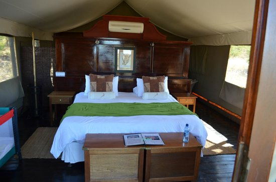 Springbok Lodge: Tent interior