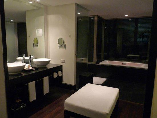 Twinpalms Phuket: Baño habitación