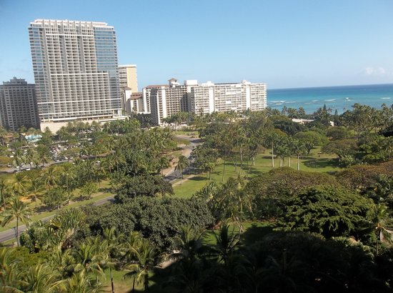 Hale Koa Hotel: View from room 1254