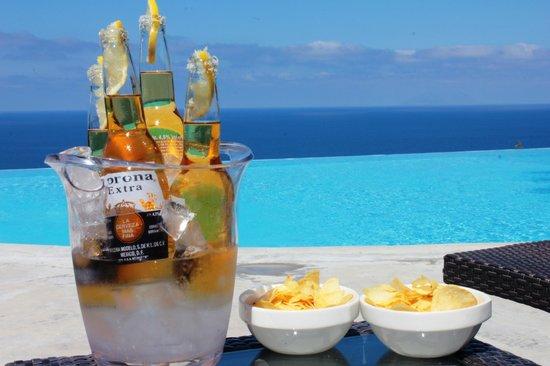 Hotel Ravesi : piscina