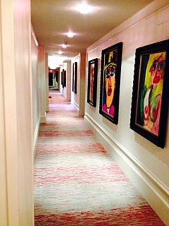 Mansion on Forsyth Park, Autograph Collection: hallway