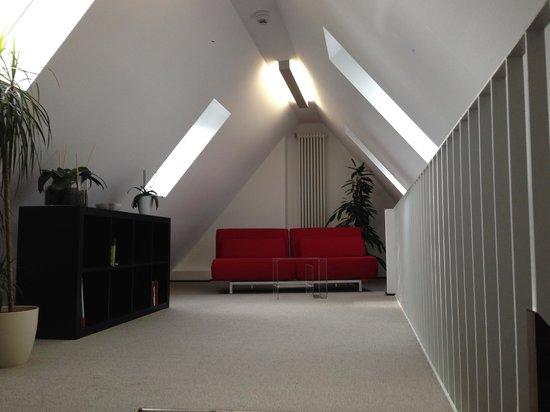 Stern am Rathaus : suite 2nd floor