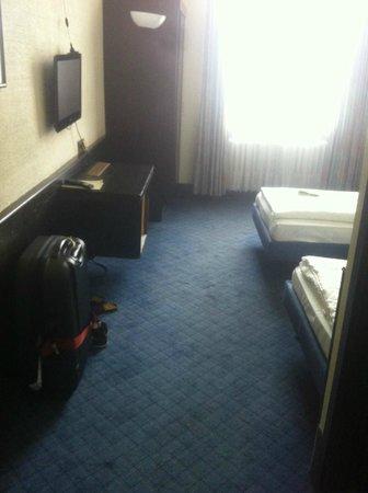 Novum Hotel Maxim Düsseldorf City: habitacion