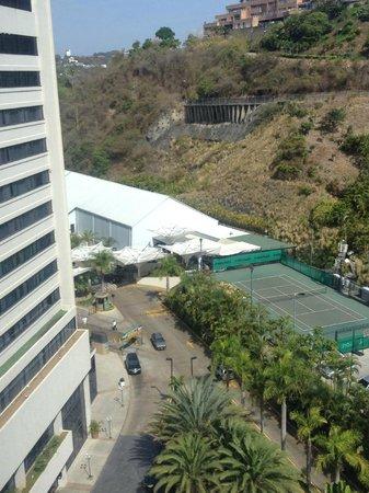 Eurobuilding Hotel and Suites Caracas: cancha de tenis