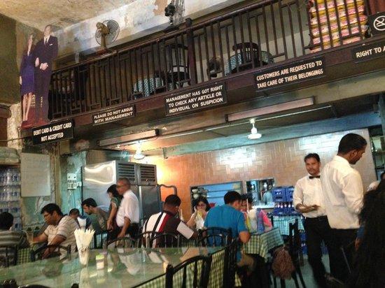 Britannia & Company Restaurant : Inside
