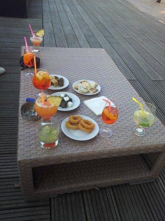 Club Med Gregolimano: Cocktails servis par une exellente équipe !