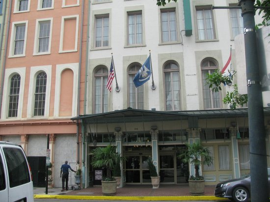 Country Inn & Suites By Carlson, New Orleans French Quarter: Country Inn & Suites front view