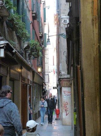 Locanda Casa Querini : Venice street