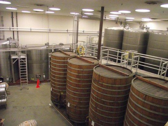 Sterling Vineyards : Large oak barrels