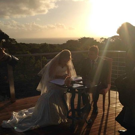 Views Cape Schanck: Wedding ceremony on our deck
