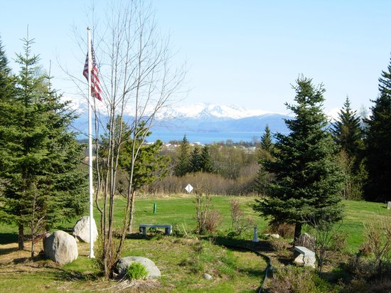 Hoedel's Homestead Cottage: View from the bench outside