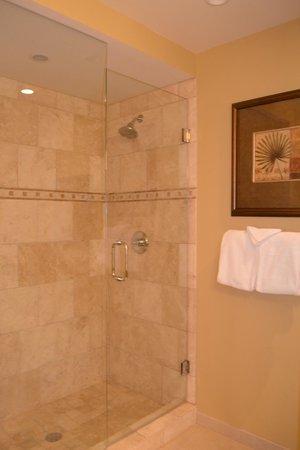 Ocean Reef Club: Bathroom in Condo 61B