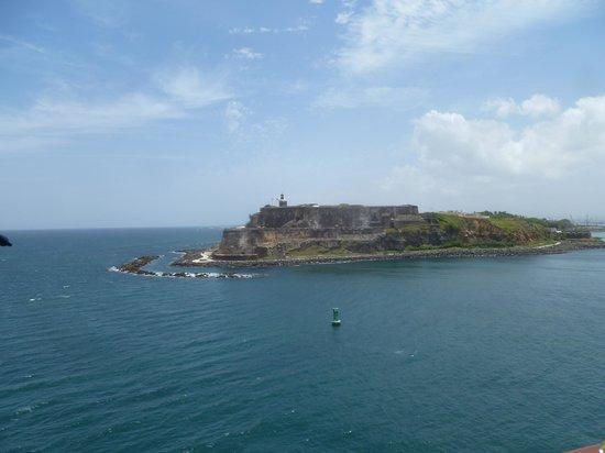 Castillo San Felipe del Morro: El Morro protects the harbor