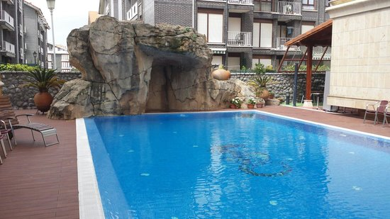 Gran Hotel Liber & Spa: Piscina exterior climatizada