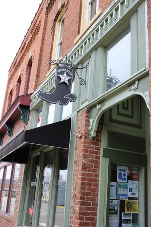 Silver Star Saloon & Grill.
