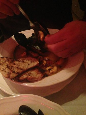 Washington St. Bistro: Mussels appetizer