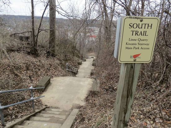 South Trail at Barn Bluff.