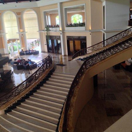 Majestic Elegance Punta Cana: Stairwell