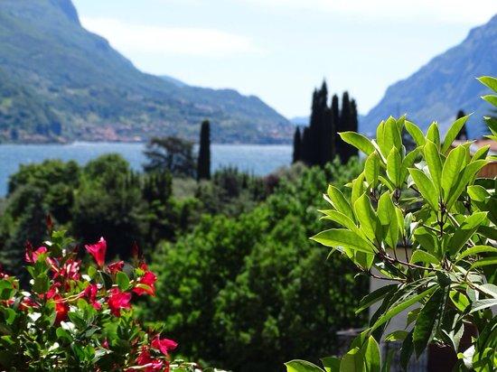 Hotel Belvedere Bellagio: Vue balcon