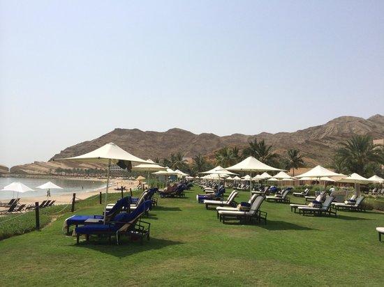 Shangri La Barr Al Jissah Resort & Spa-Al Bandar : Spiaggia e dintorni